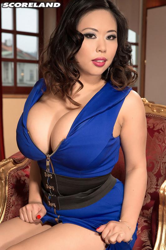 Star du porno asiatique la plus chaude